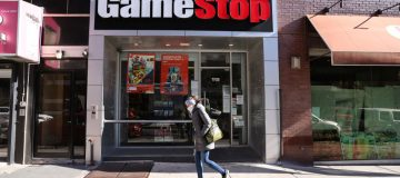EU regulators to probe zero-commission stock trading after GameStop fiasco