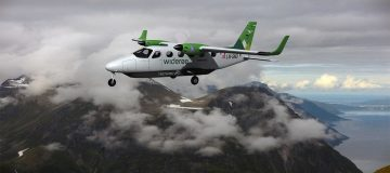 Rolls-Royce has today announced a new partnership with Scandinavian regional carrier Widerøe to develop an all-electric commuter aircraft by 2026.