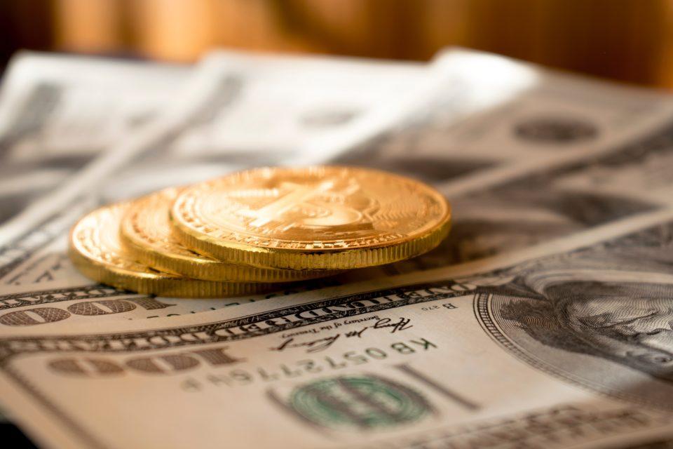 Bitcoin on dollars