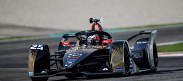 Formula E champions DS Techeetah will have eToro branding on their electric vehicles for the rest of the 2021 season