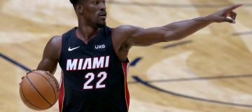 Cryptocurrency exchange FTX has struck a $135m deal to take naming rights to the home of NBA side Miami Heat