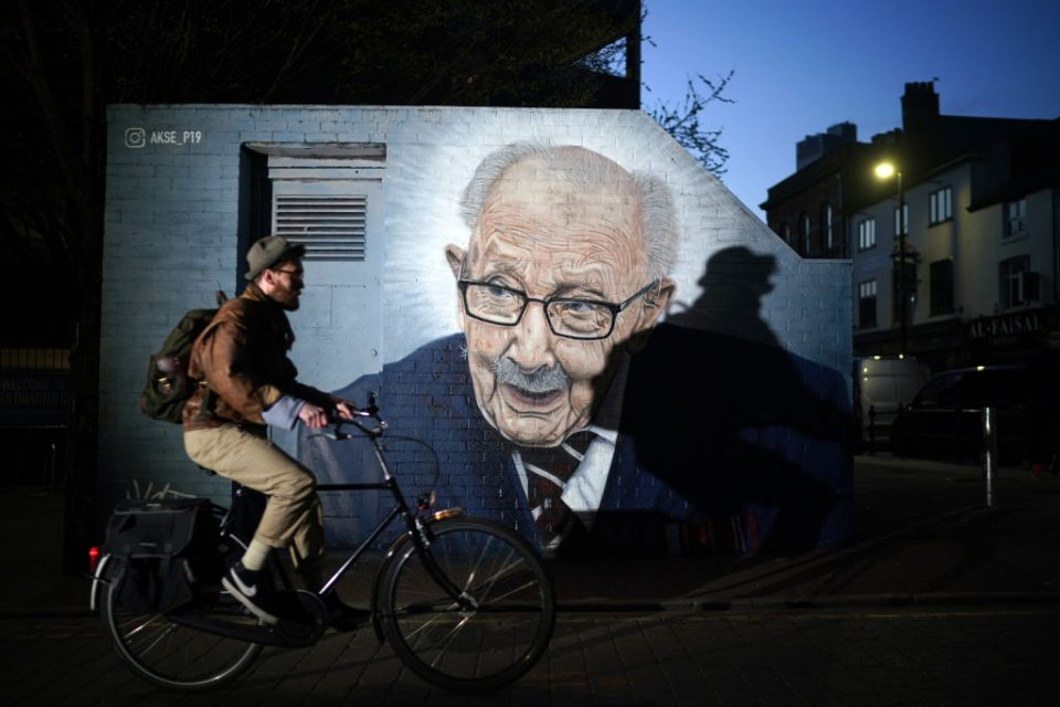 New Captain Tom Mural Painted In Manchester