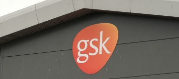Pharma giant GSK saw its profit and turnover slip in the first quarter due to the impact of the coronavirus pandemic, but came in ahead of analyst expectations.