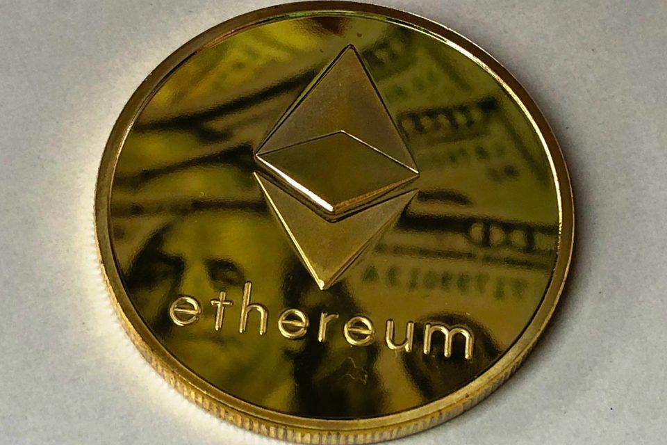 Ethereum dollar reflection