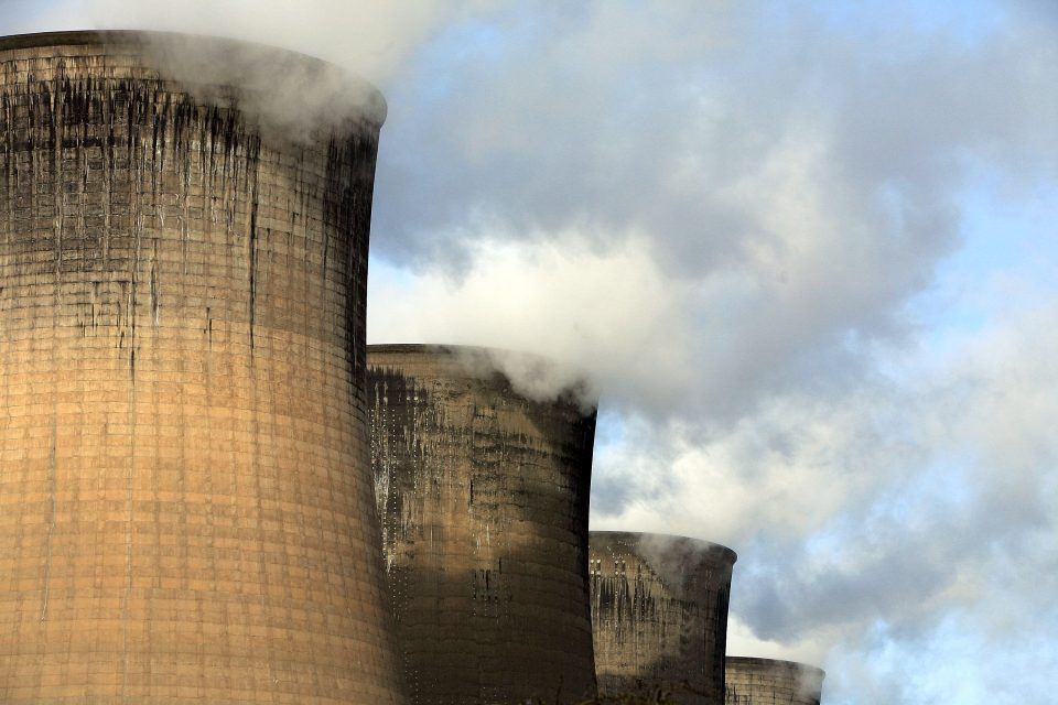 Householders Welcome Lower Energy Prices As Profits Fall