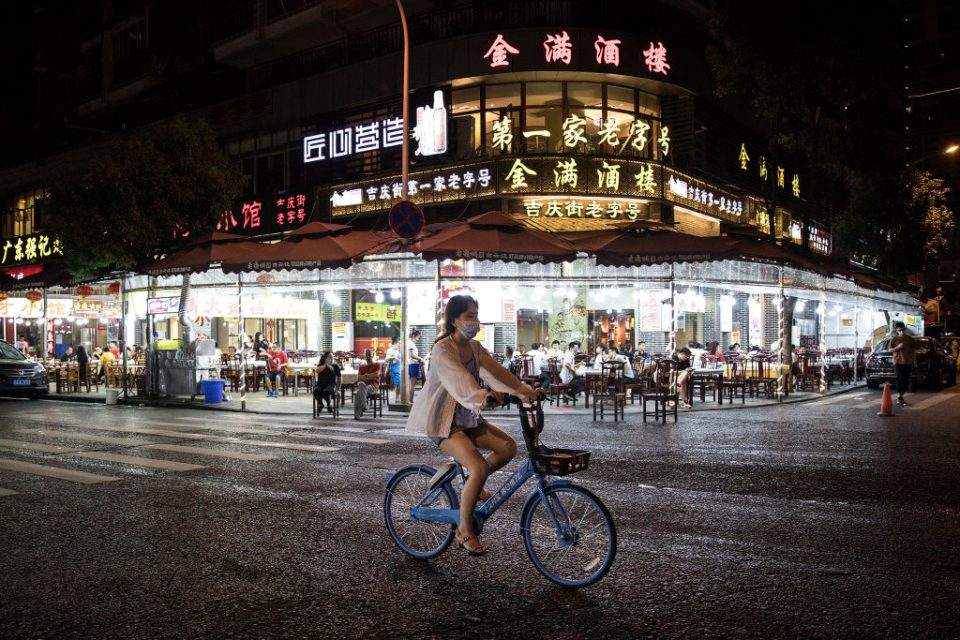 Wuhan's Catering Trade Shows Recovery After Coronavirus Outbreak