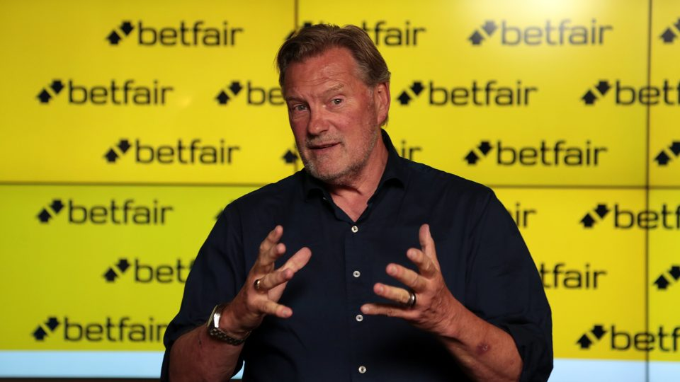 Glenn Hoddle says he would relish taking charge of the current England squad at Euro 2020