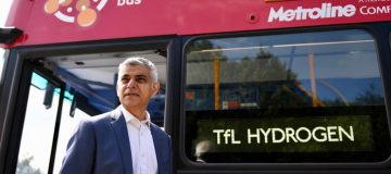 London launches England's first hydrogen-powered double decker buses