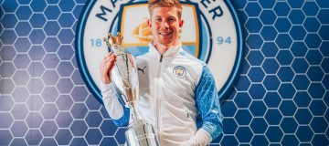 De Bruyne is only the third man to win the PFA PLayers' Player of the Year award in consecutive years