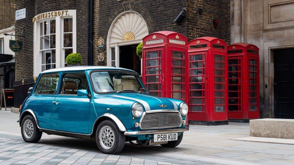 Electric classic Mini