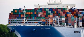 The UK should slash tariffs on environmentally friendly goods and services in order to fulfil its twin goals of championing free trade and protecting the environment.