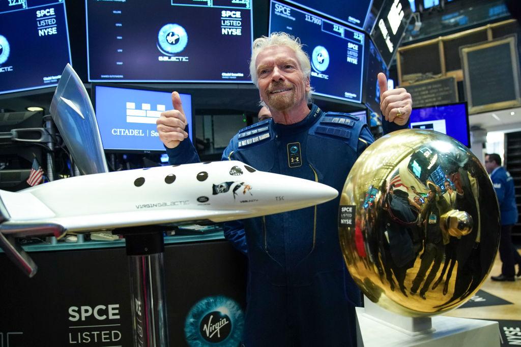 Virgin Galactic diizinkan untuk melanjutkan penerbangan, mengirim saham ke orbit