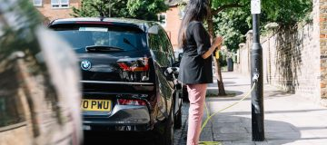 Oil giant Shell has today unveiled plans to install 50,000 electric vehicle charge points on the UK's streets by 2025 through its Ubitricity subsidiary.