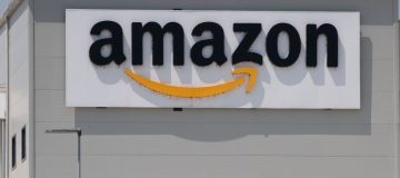 Amazon Opens Covid-19 Vaccine Hub For Employees
