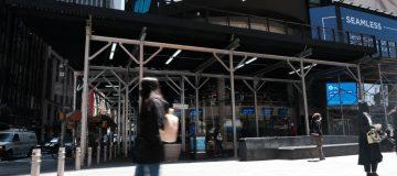 Sell In Tech Stocks Sends Markets Down Sharply