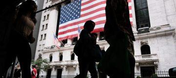 Stocks Edge Higher As Senate Set To Vote On Massive Infrastructure Bill