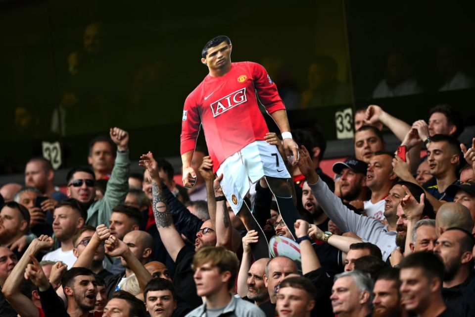 Manchester United fans celebrated the imminent return of Cristiano Ronaldo at Sunday's win over Wolverhampton Wanderers