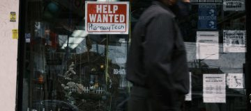 The UK unemployment rate fell 0.3 per cent in the last quarter as businesses continued on a hiring spree to keep pace with the economic recovery from the pandemic.