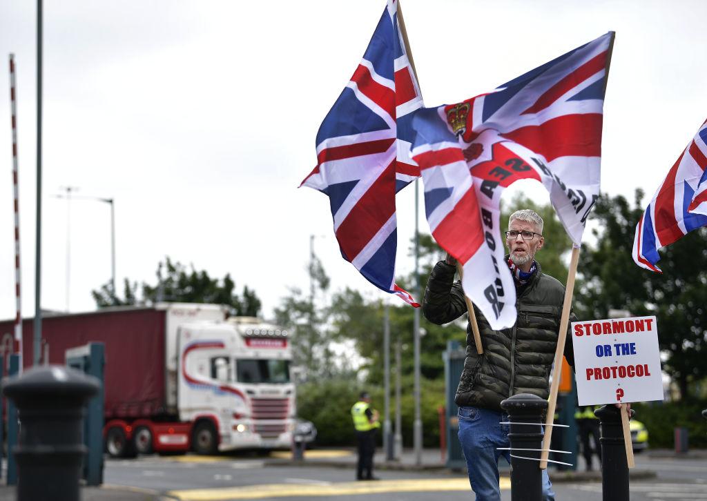 La oferta de paz del Brexit de la UE incluye la eliminación del 50 por ciento de los controles aduaneros de los productos británicos
